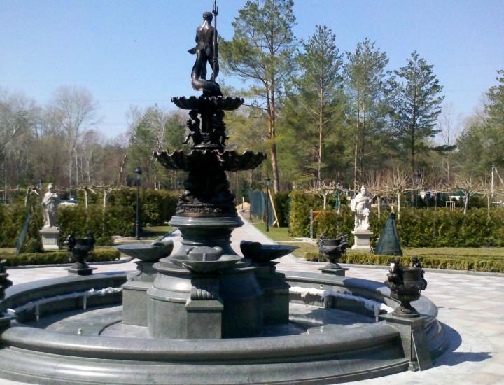 ключи — светомузыкальный фонтан