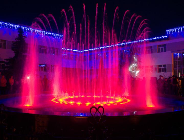миргород — 2012 г. светомузыкальный фонтан