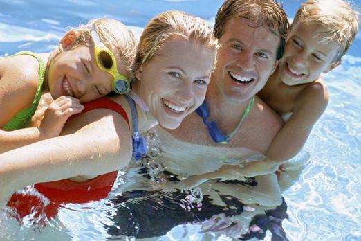 fiberglass_pools_family_pool2